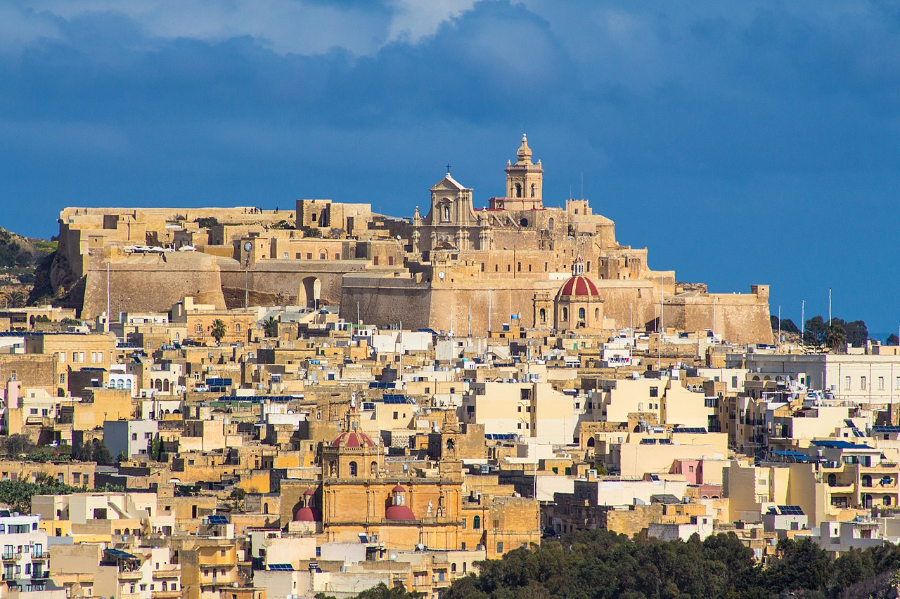 1280px-Citadel-Gozo.jpg