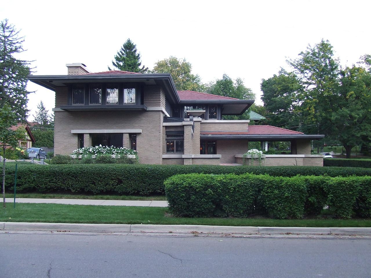 1280px-Meyer_May_House,_west_side,_2009.JPG