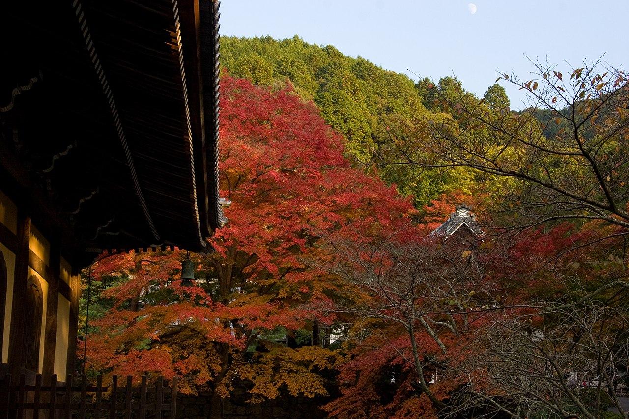 1280px-Nanzen-ji_(2639774639).jpg