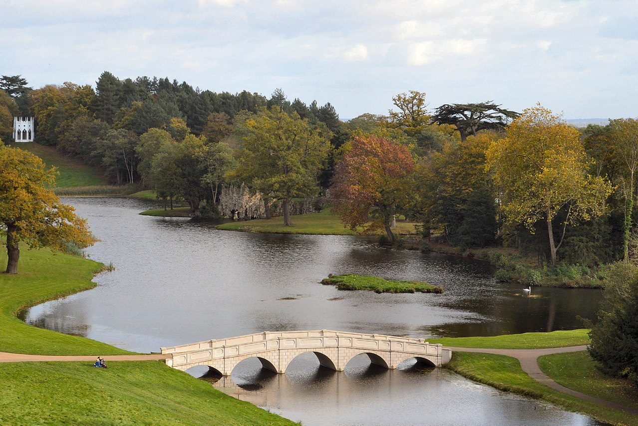 1280px-Painshill_Park_Five_Arch_Bridge_from_the_Turkish_Tent.jpg