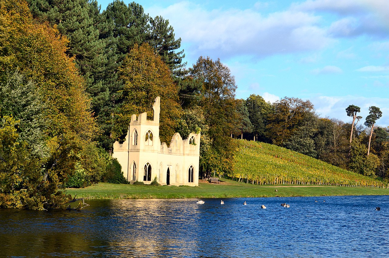 1280px-Painshill_Park_Ruined_Abbey_and_Vineyard.jpg