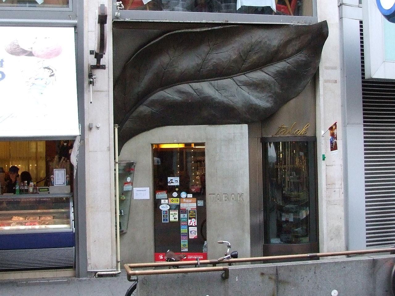 1280px-Tabakladen_in_Wien_DSCF1245.jpg