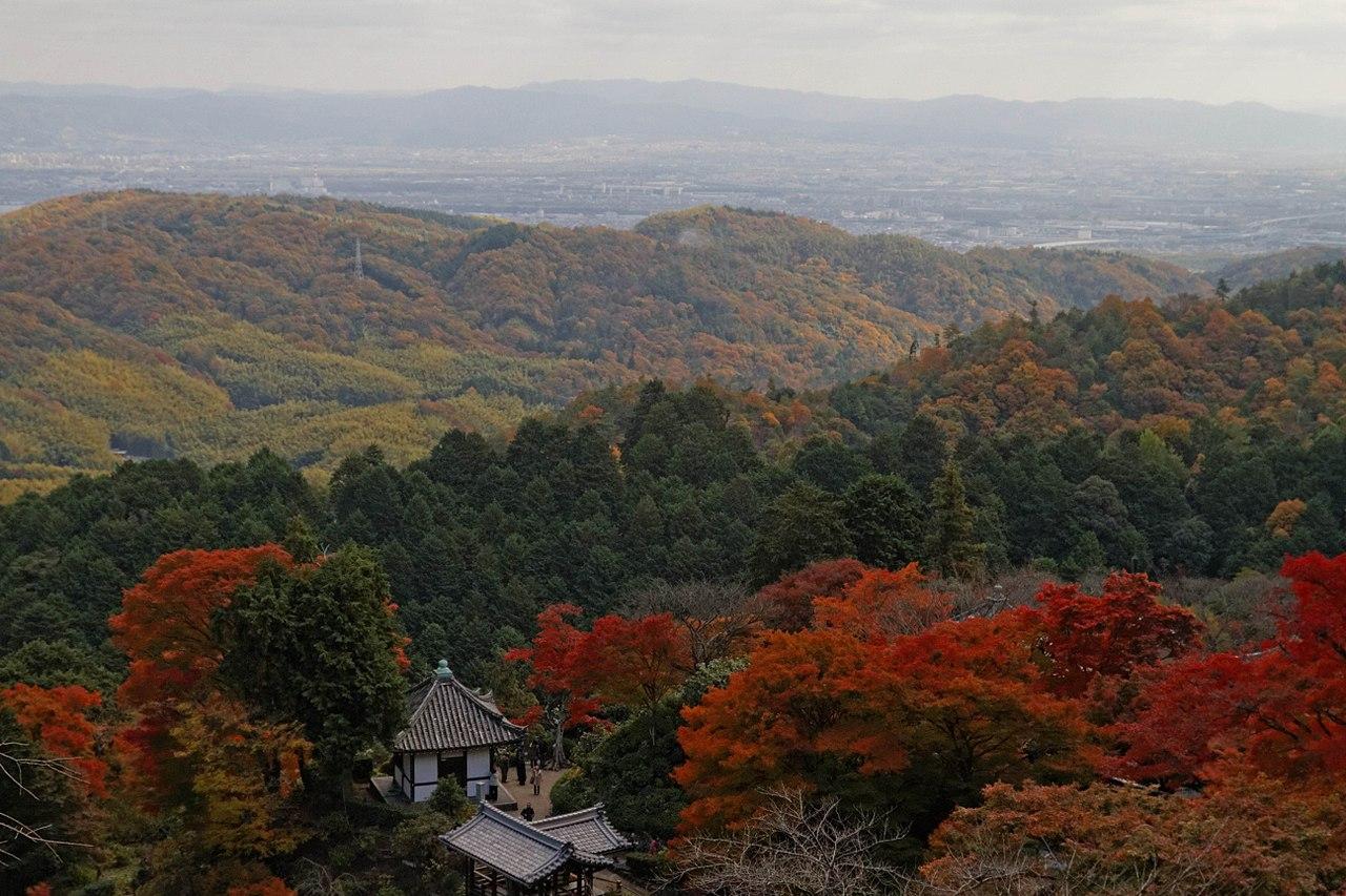 1280px-Yoshimine-dera_(8256328292).jpg