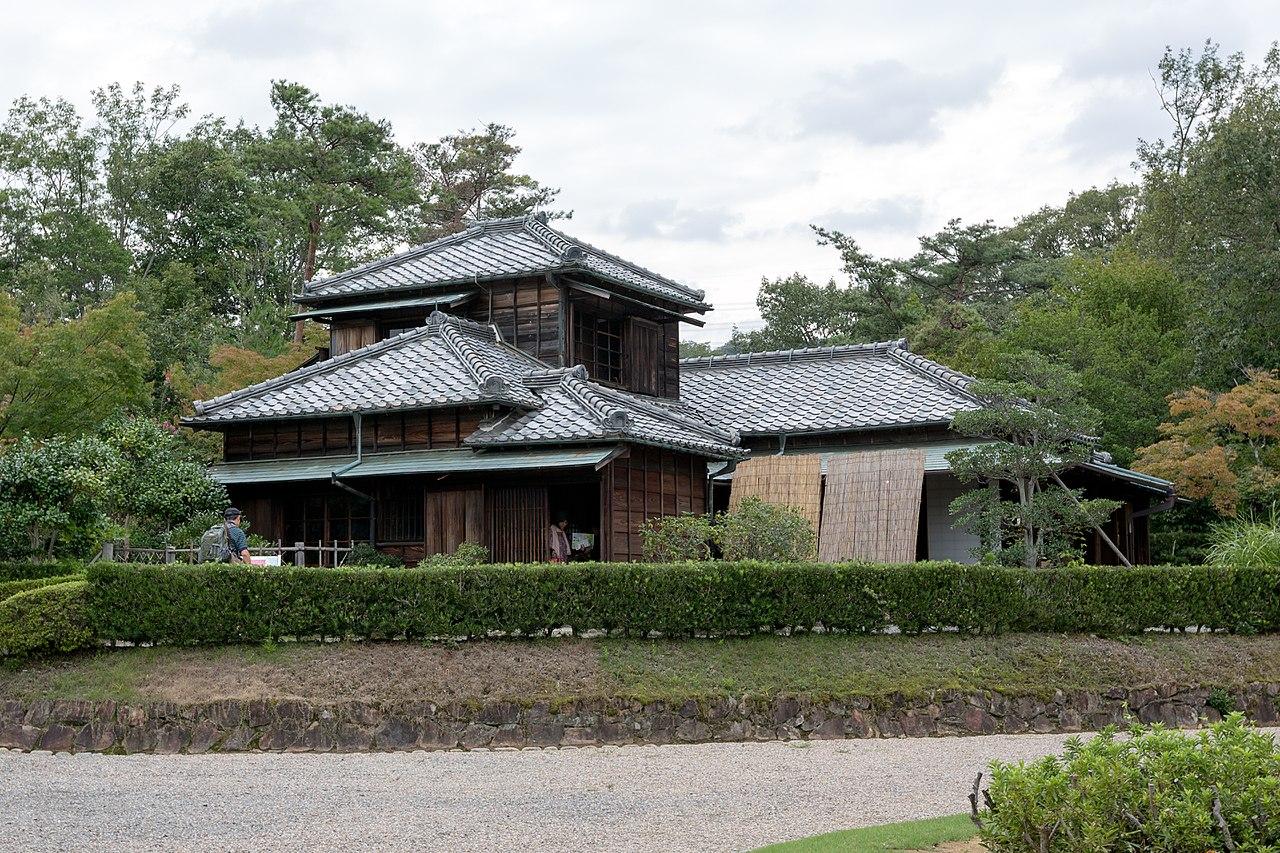 1280px-Zagyo-so_2014_Museum_Meiji_Mura_1.jpg