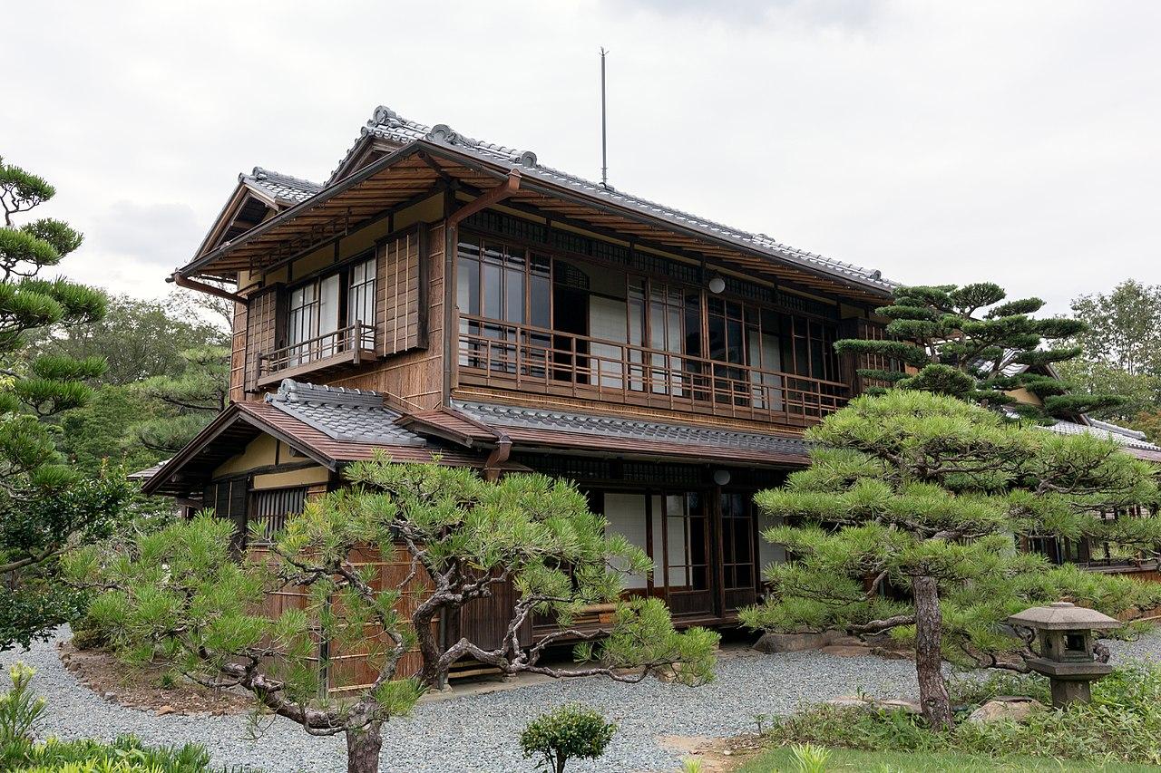 1280px-Zagyo-so_2014_Museum_Meiji_Mura_2.jpg
