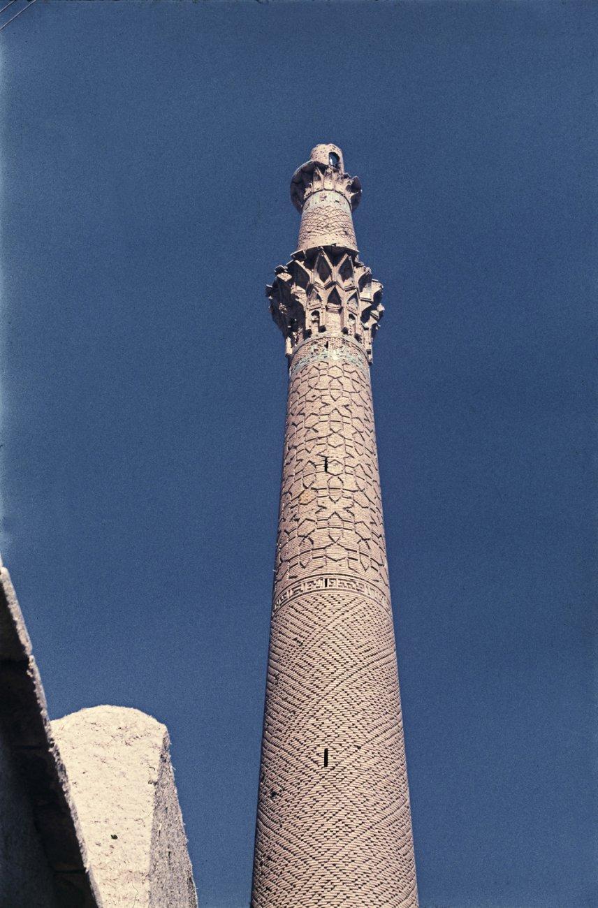 12Sareban-minareten_-Isfahan_-Iran.jpg