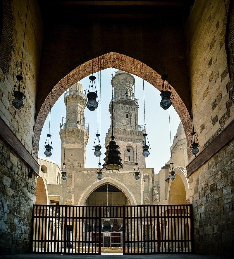 1303 египет 800px-An-Nasir_Muhammad_mosque.jpg