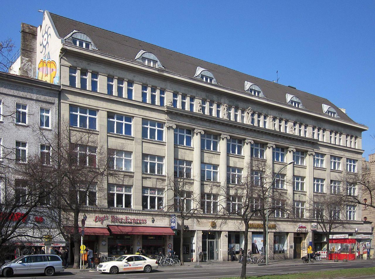 14-Berlin,_Kreuzberg,_Mehringdamm_32-34,_Geschaeftshaus.jpg