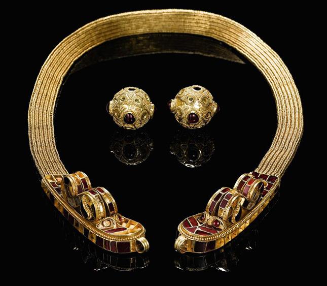 1417436328_hunnic-gold-1.jpg