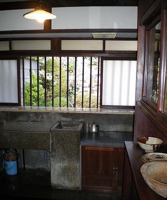 142.Хаяси Фумико.Кухня.jpg