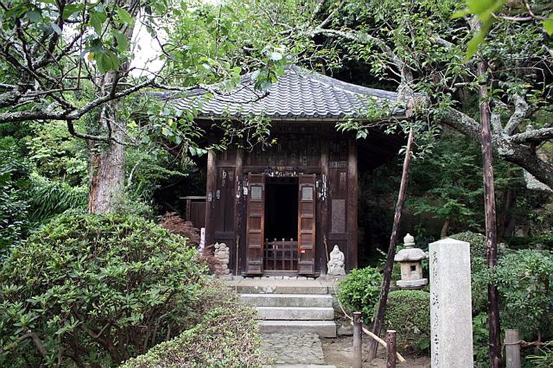 143.Дзуйсэн-дзи.Храм Дзидзо-до.jpg