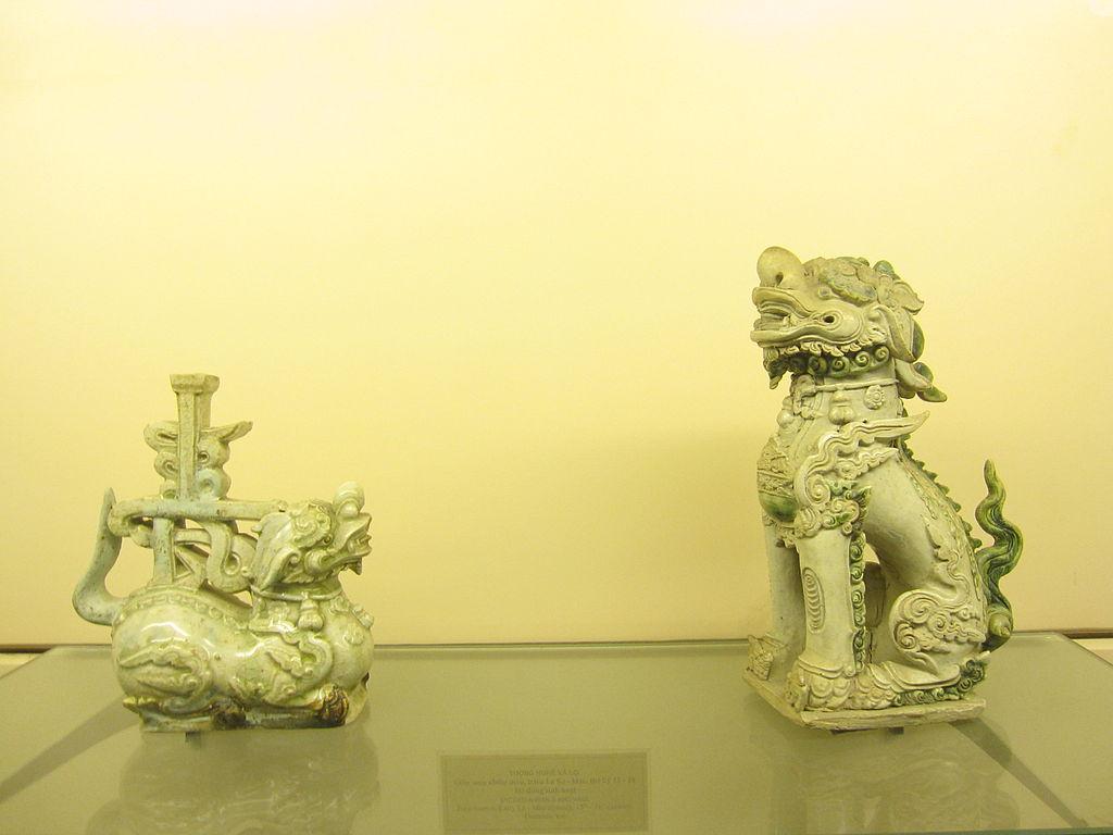 15-16 в1024px-National_Museum_Vietnamese_History_88.jpg