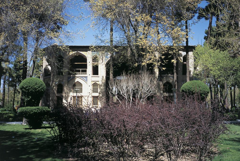 1669Hasht-Behesht-pavillionen_-Isfahan_-Iran.-JA.jpg