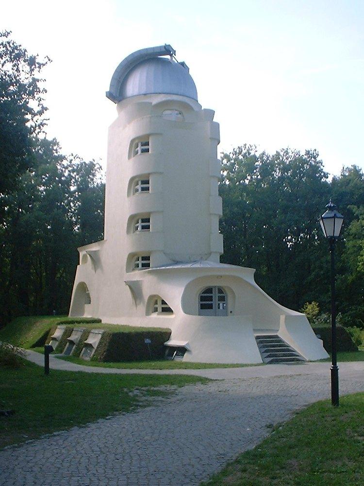 17-21 Babelsberg_Einsteinturm.jpg