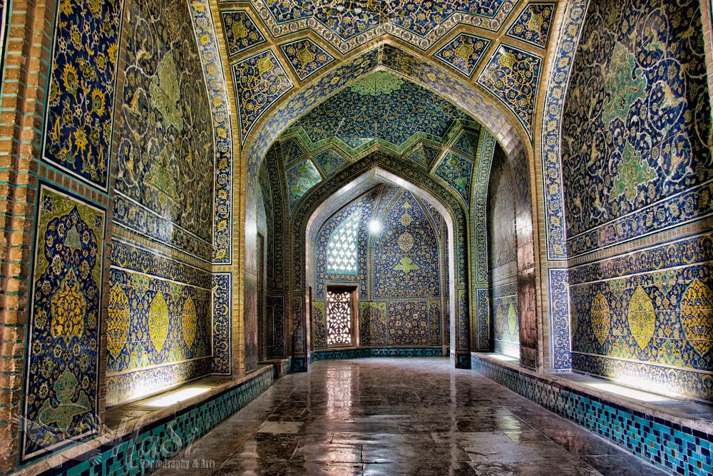 17 d Sheikh Lutfollah Mosque7982686751_b1d8e7f4c1_b.jpg