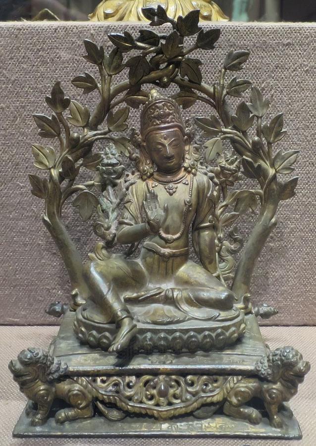 18\'Bodhisattva_Vajrapani\'_from_Nepal,_1731,_gilt_bronze,_Norton_Simon_Museum.JPG