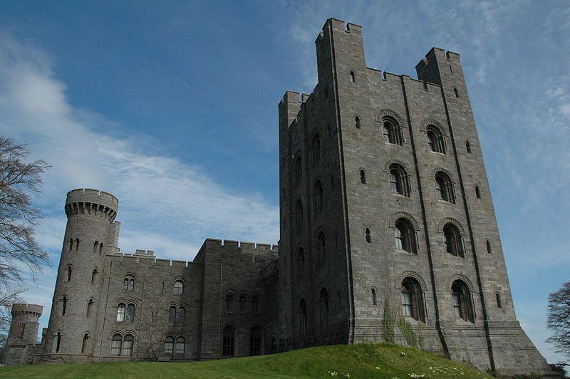 1820-37-Penrhyn_Castle.jpg