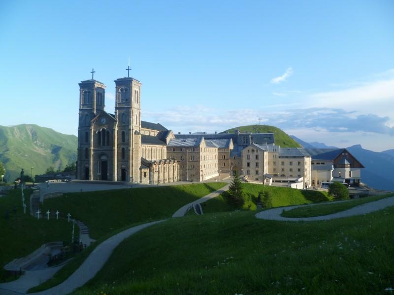 1879 монастырь в ла салетте фран.jpg