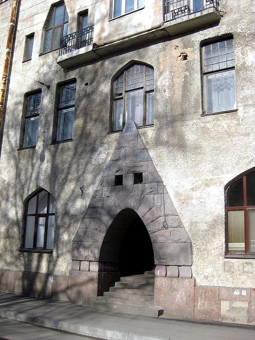 188.Дом с совами,боковой  вход.jpg
