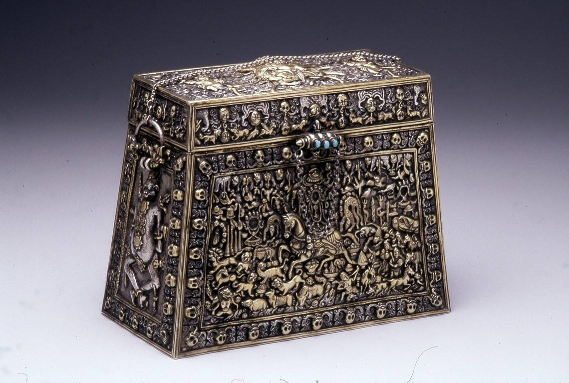 18Tibetan_-_A_Ritual_Box_-_Walters_572299_-_Three_Quarter.jpg