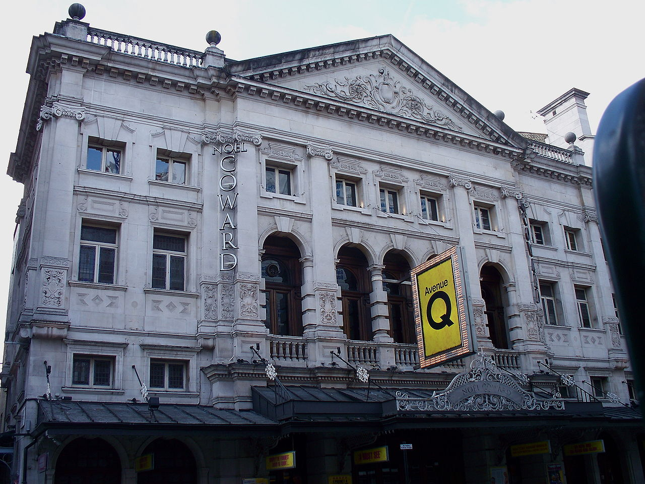 1903-Nol_Coward_Theatre_3.JPG