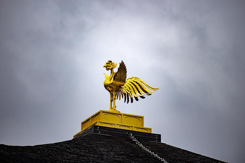 191.Кинкаку-дзи.Золотой павильон, феникс.jpg