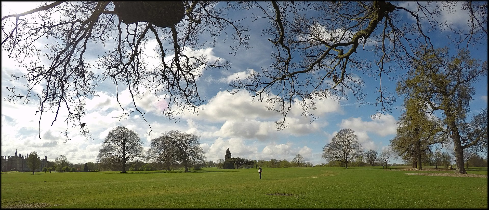 1920px-Burghley_House_park,_landcape_april_2017a_08.jpg