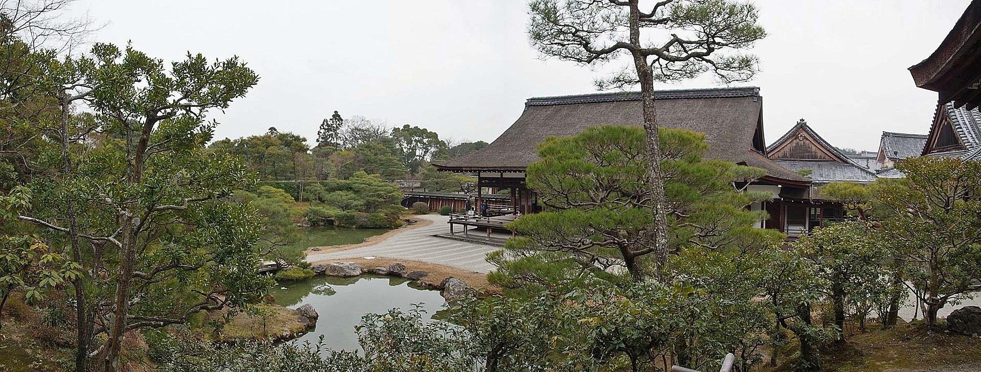 1920px-Ninna-ji_,_仁和寺_-_panoramio_(6).jpg