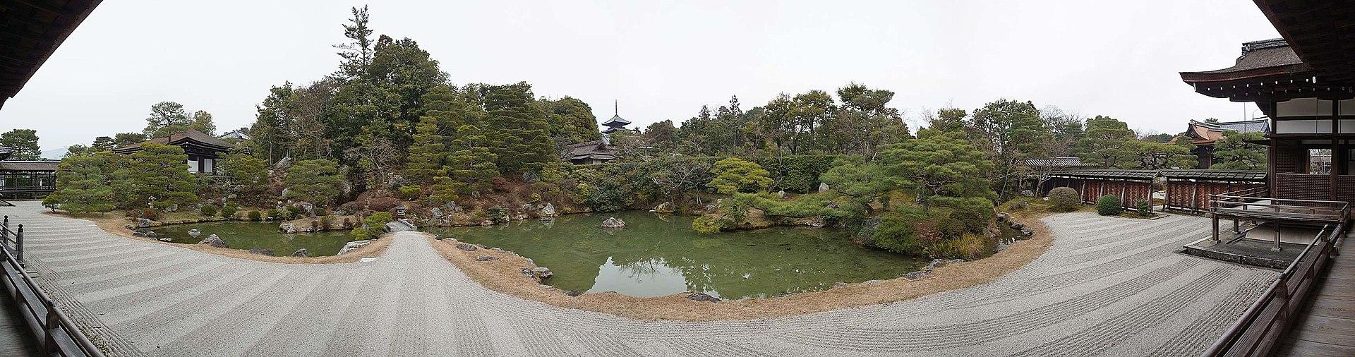 1920px-Ninna-ji_,_仁和寺_-_panoramio_(7).jpg