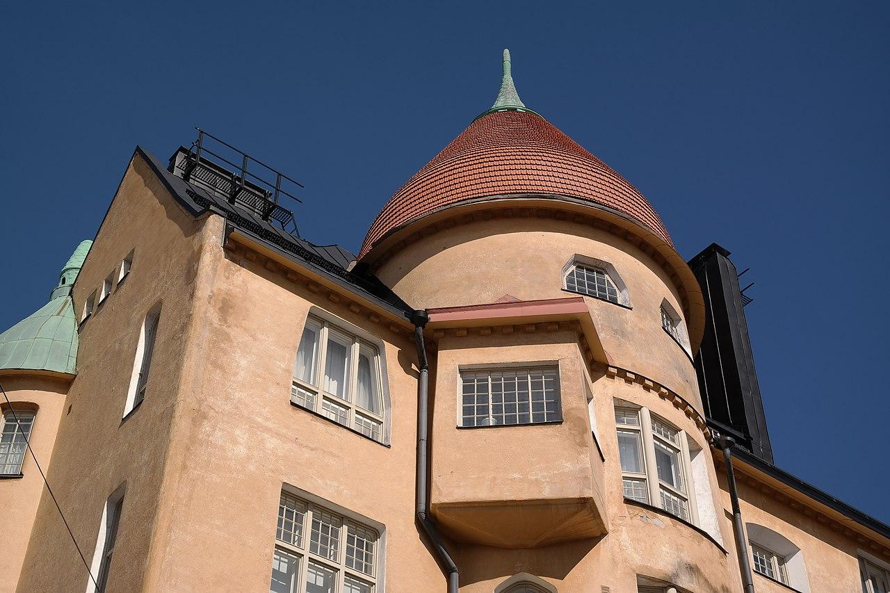 2г1280px-Olofsborg_Helsinki_upper_facade.jpg