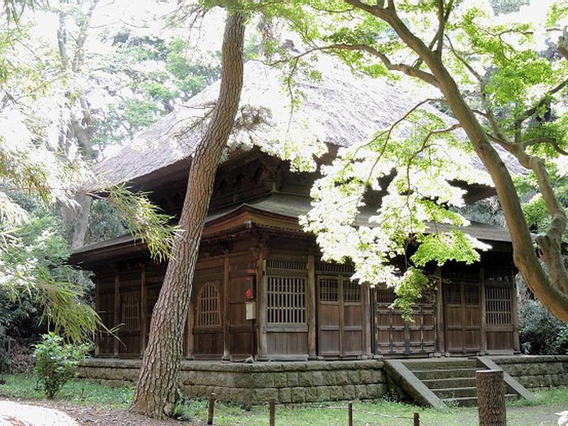 20.Святилище храма Токэй-дзи.jpg