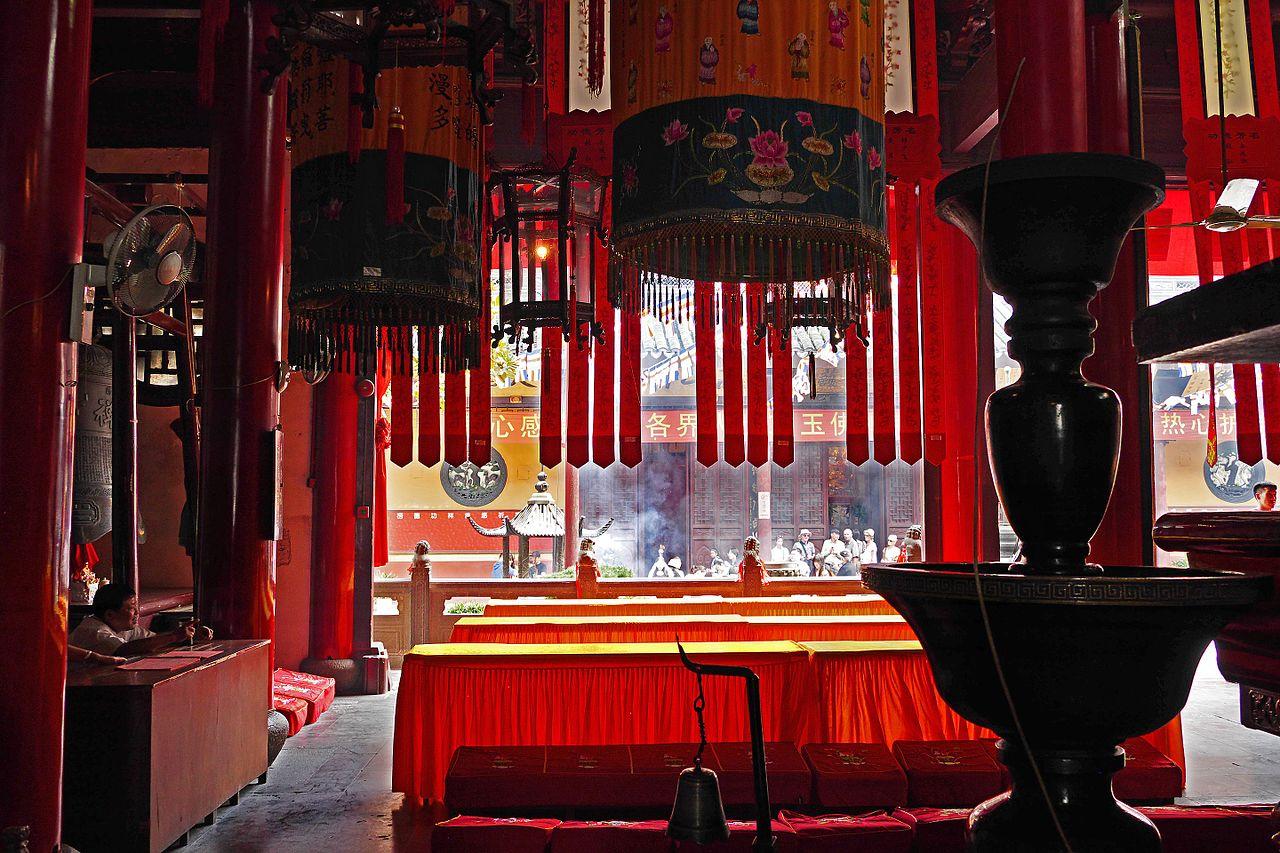 2015-09-26-111520_-_Shanghai,_Jade_Buddha_Tempel_Yufo_Si.jpg