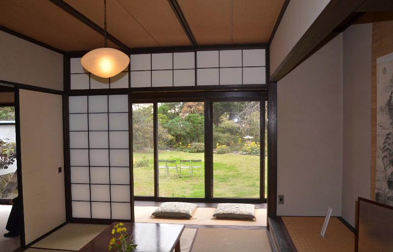 211.Ёсия Нобуко.Японская комната.jpg