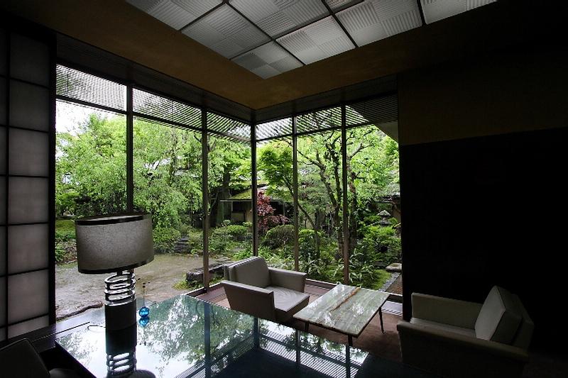 218.Китамура Киндзиро.Общая комната.jpg