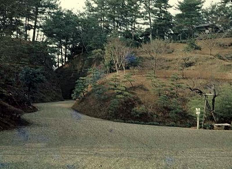 22.Нагао Кинъя.Огико.Фусимитэй.jpg