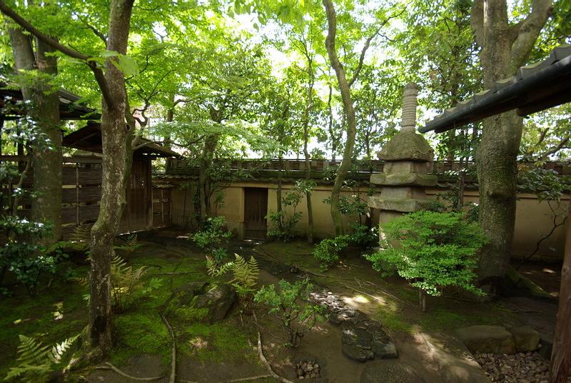 227.Китамура Киндзиро.Пагода, внутренние ворота.jpg