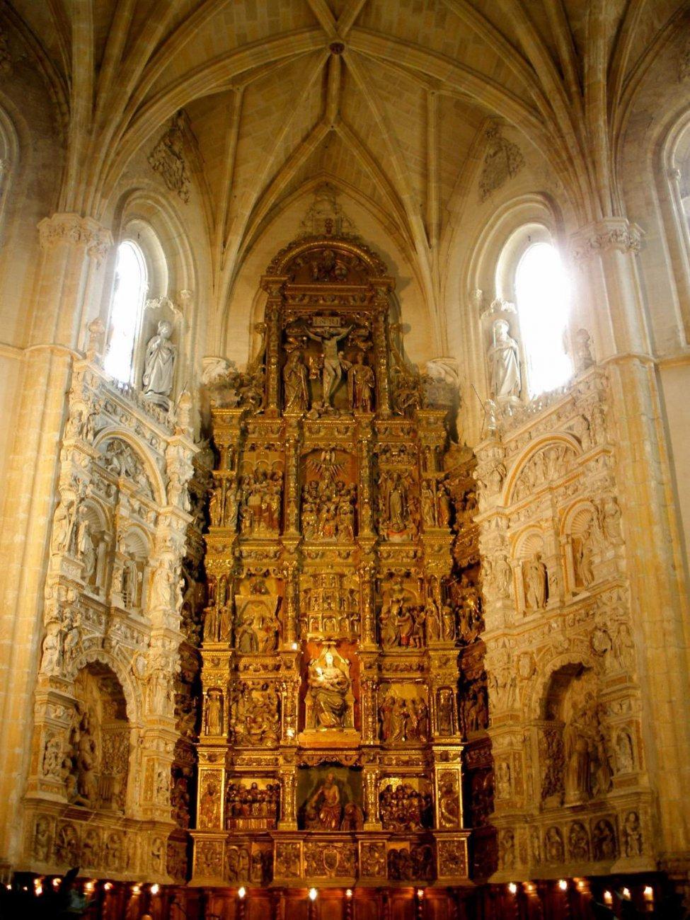 24575-Segovia_-_Real_Monasterio_de_Santa_Maria_del_Parral_26.jpg