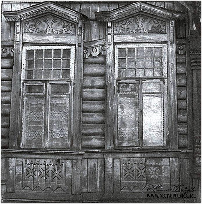 249.Главный дом, резные наличники.jpg