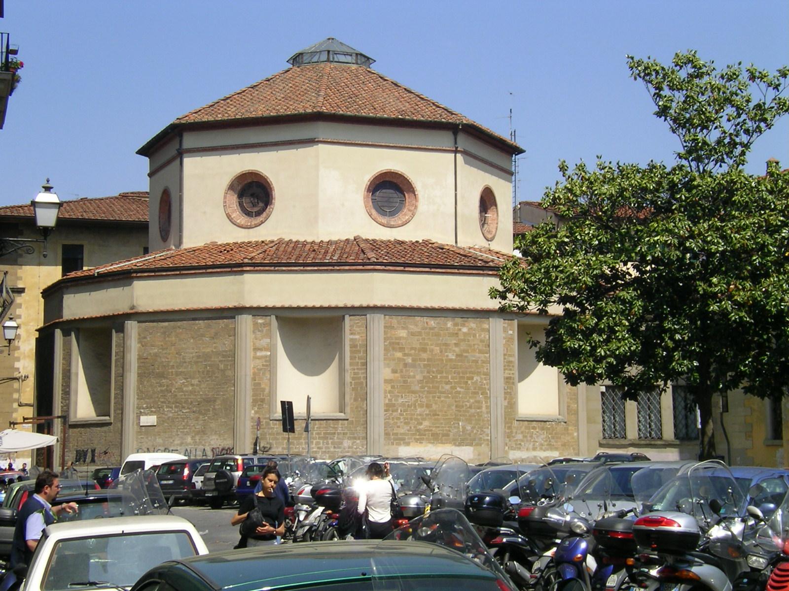 2620-Rotonda_del_Brunelleschi.jpg