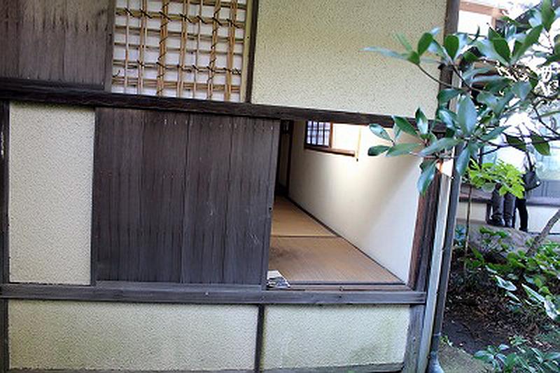 28.Нагао Кинъя. Огико.Фусимитэй, 4,5 татами.jpg