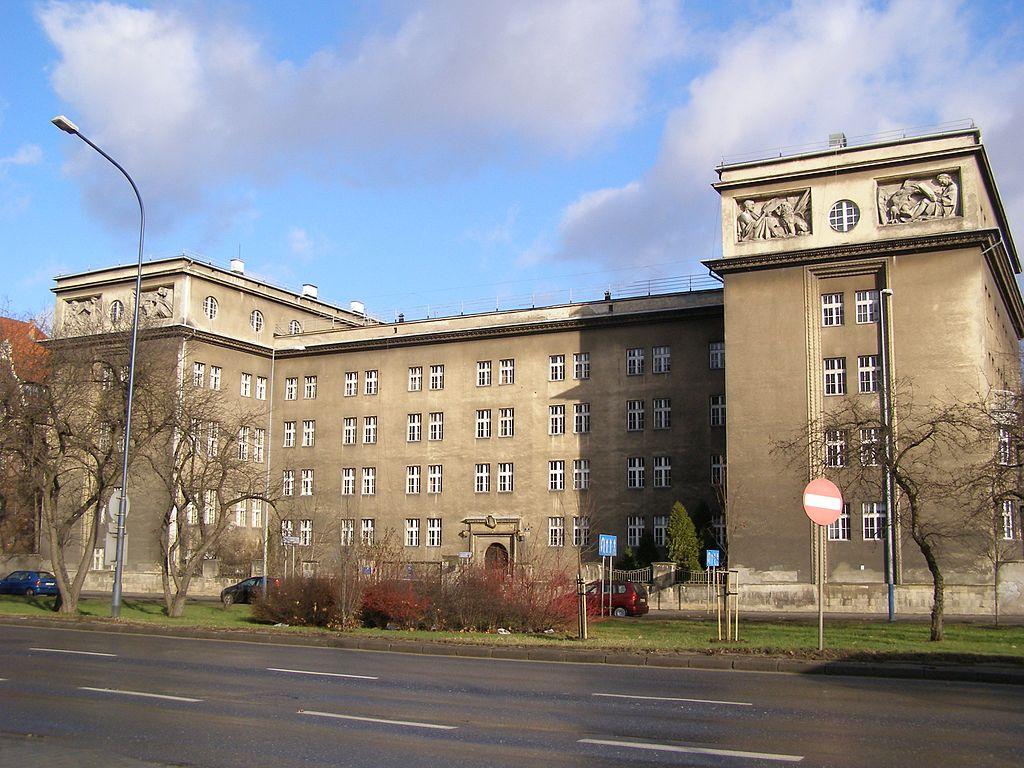 28 1024px-Krakow_Instytut_Psychologii_UJ.jpg