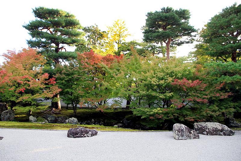 280.Сёкоку-дзи. Храм основатеря,Южный сад.jpg