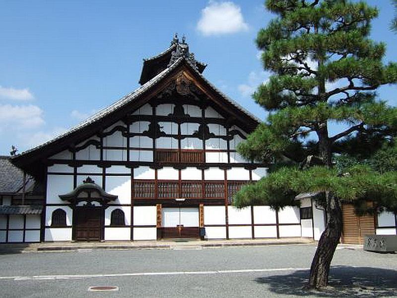 282.Сёкоку-дзи. Помещение для монахов.jpg