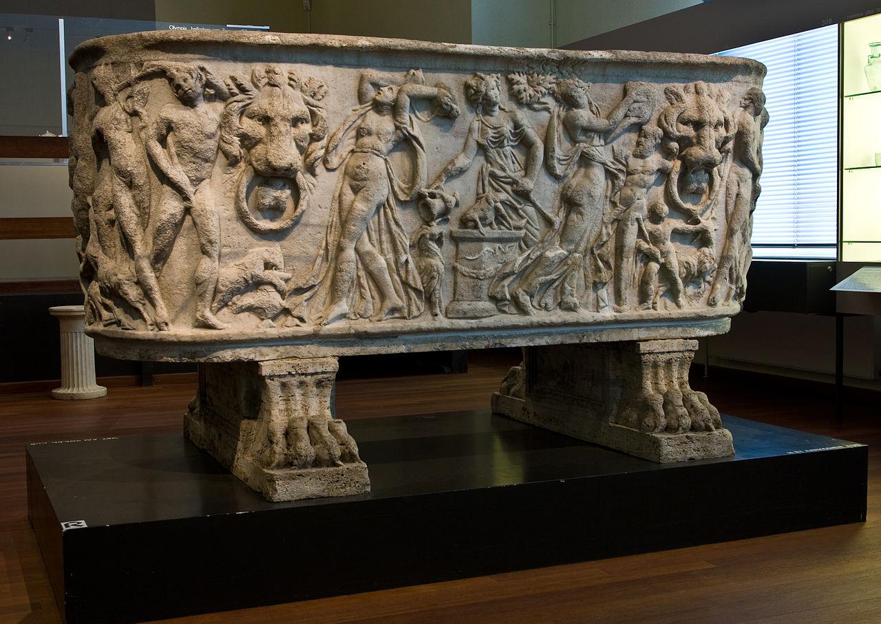 3 260-80 -WLANL_-_Pachango_-_Allard_Pierson_-_Marmeren_Romeinse_sarcofaag.jpg