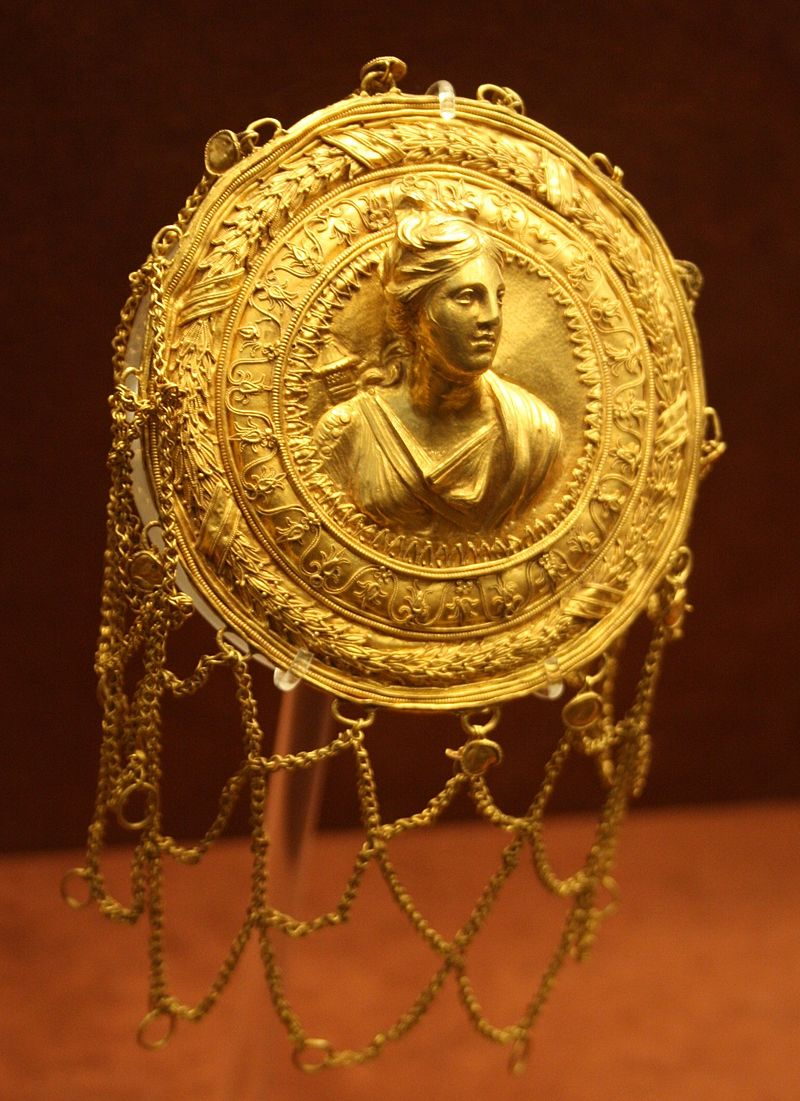 3 -_Archaeological_Museum,_Athens_-_Gold_hairnet_-_Photo_by_Giovanni_Dall'Orto,_Nov_11_2009.jpg