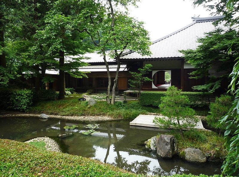 31.Сонэ Сабуро.Мэйгэцу-ин.Сад воды.jpg