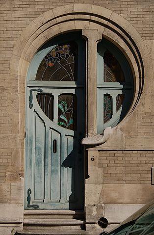 314px-Ancien_atelier_et_habitation_de_Clas_Grüner_Sterner_Door_1.jpg