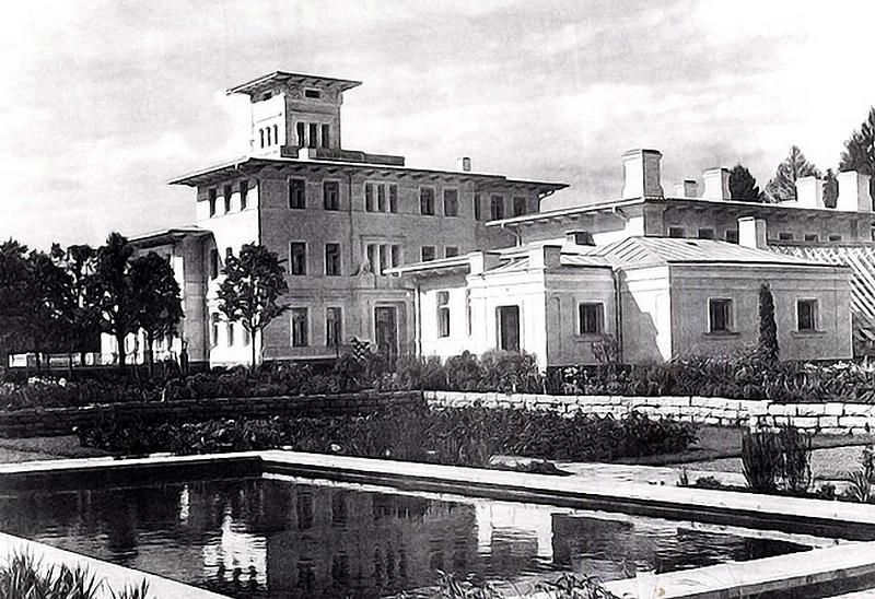 324.Дворец в Тойла.jpg