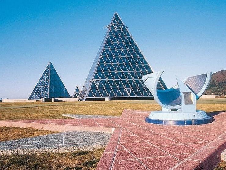 36.Такамацу Син.Музей песка.Мир пустыни.jpg