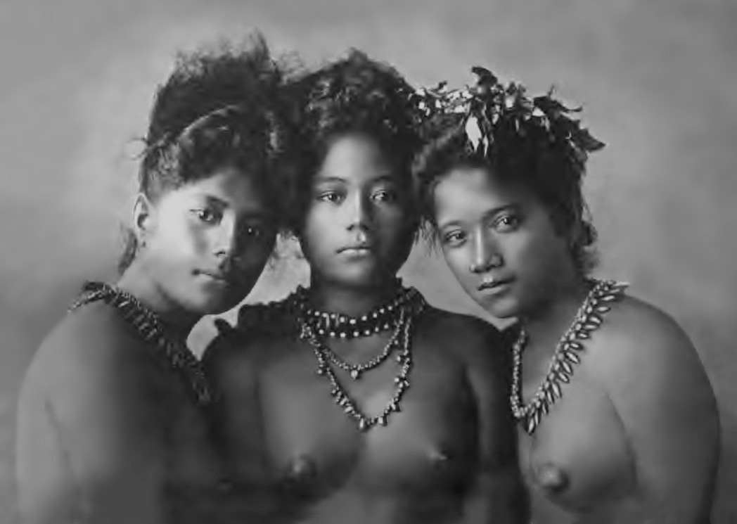 3_Samoan_girls-1902.jpg